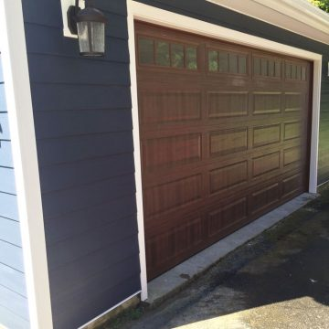 Brand New Garage Door & Siding