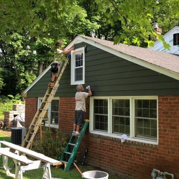 putting up the James Hardie Fiber cement siding